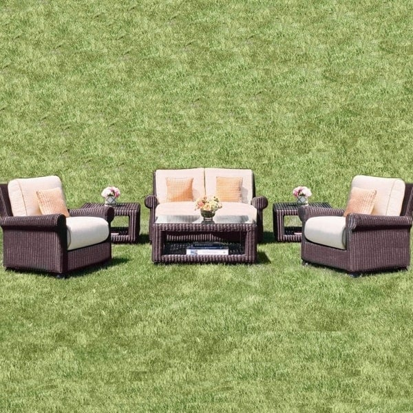 Lovely Set Of Outdoor Patio Furniture With A Classic Wicker Weave U0026 Comfy  Seats ...