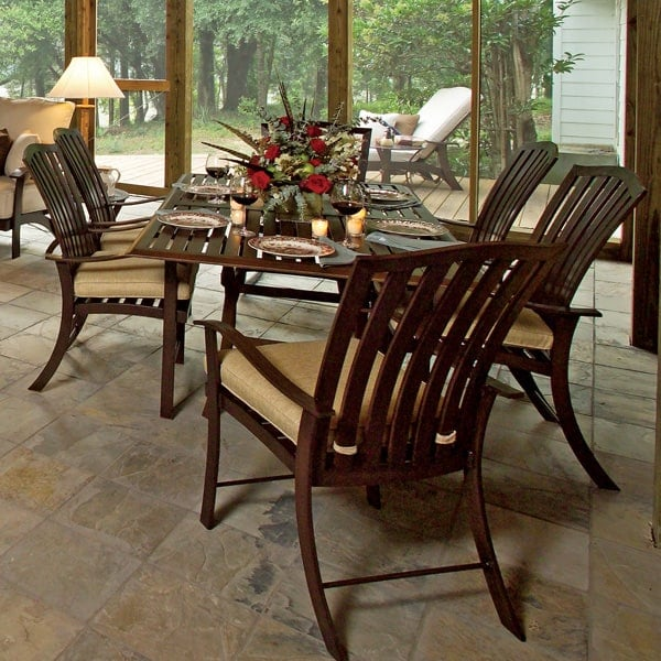 Simply The Best In Outdoor Dining And Entertaining