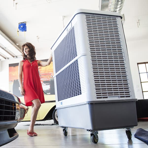 Outdoor Air Conditioner By Hessaire