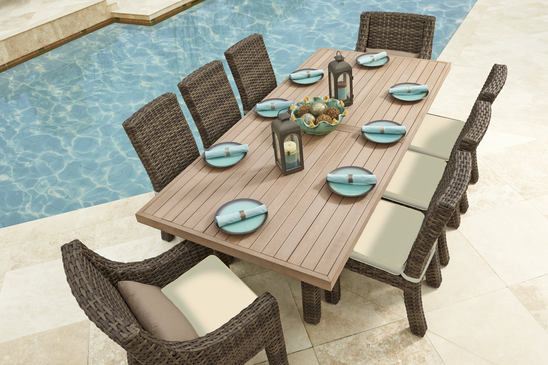 Avant Dining - North cape outdoor furniture