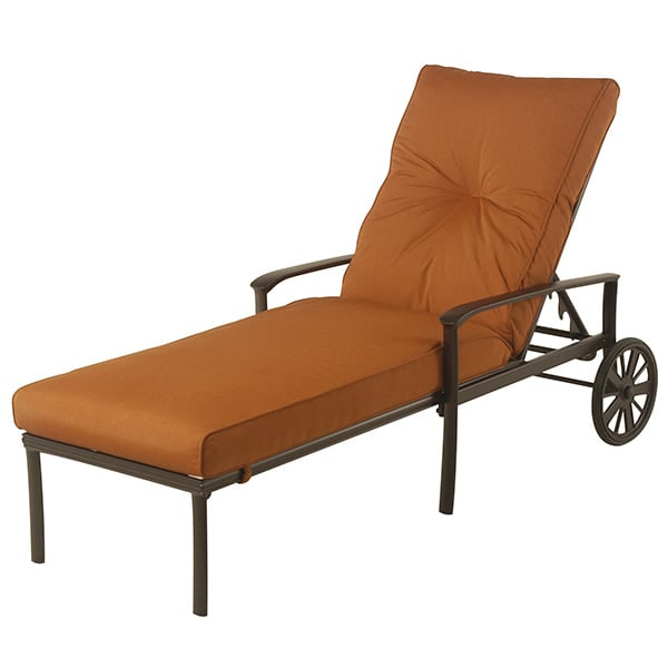 Edgewood cushion chaise lounge by alu mont for hanamint for Alumont outdoor furniture