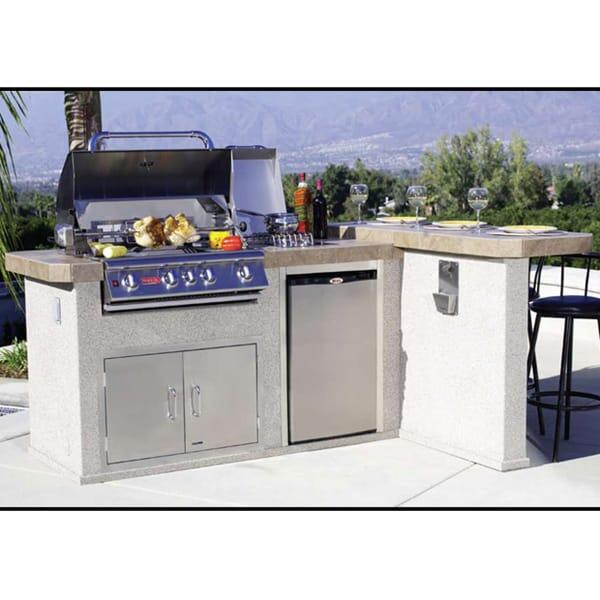 Luxury-Q Grill Island - Stucco by Bull Grills