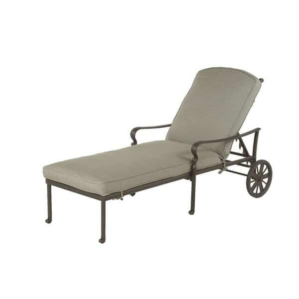 Berkshire Chaise Lounge by Hanamint