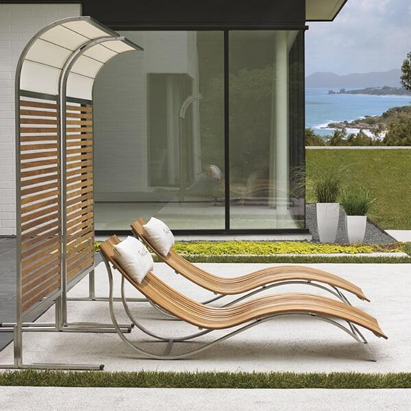 contemporary outdoor chaise lounge