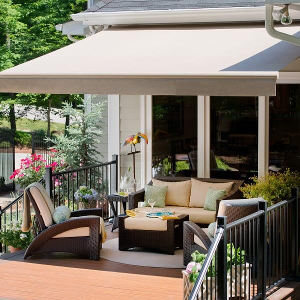 PS2000 Retractable Awning by Solair