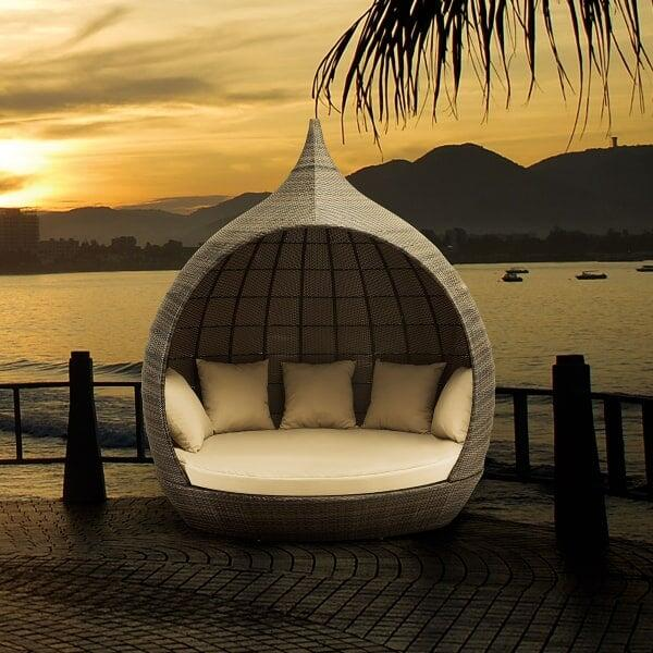 Martinique Beach Daybed by Zuo Modern