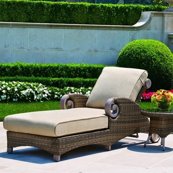 grand manor chaise lounge