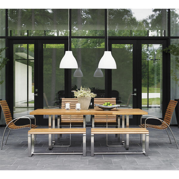 Tres Chic Dining by Tommy Bahama