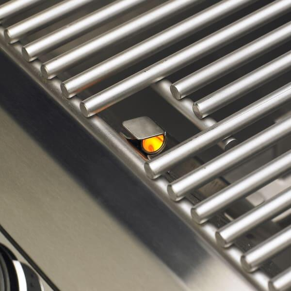 Aurora A830i Built-In Combination Grill by Fire Magic Grills