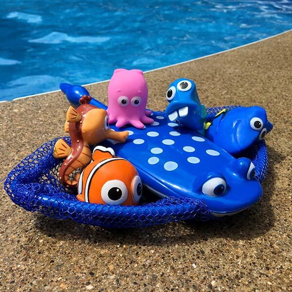Disney's Finding Dory Mr. Ray's Dive Game by Swimways