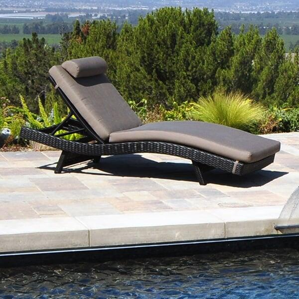 Dijon Curved Chaise Lounge by Caluco